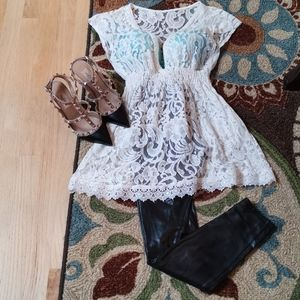 Cream White Vintage Made Lace Top